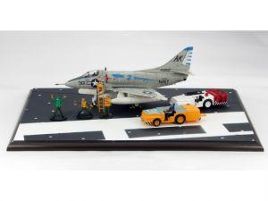 "1:72 HOBBY MASTER Diorama HD0002 A-4B Skyhawk ""Gladiators"" #25"